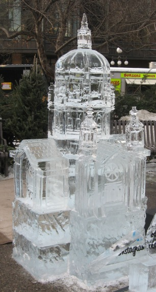 No ice palace, alas, so this ice sculpture of the St. Paul Cathedral had to do.